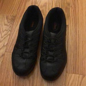Shoes - Non slip Black Sneakers